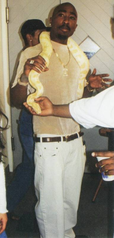 2Pac photo from Hit Em Up-17